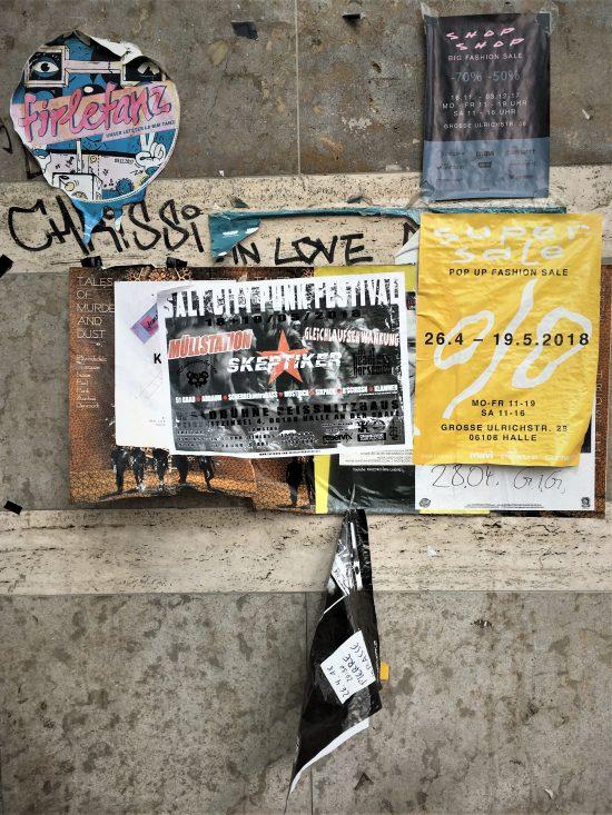 Poster, Übereinander, Mehrschichtigkeit, Vergänglichkeit, Halle